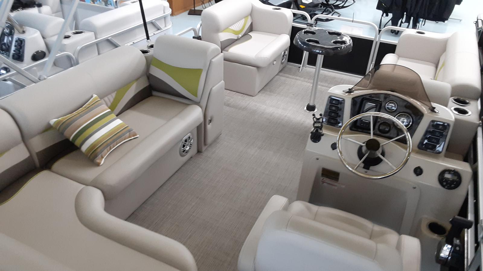 Apex Marine, Inc. Qwest Adventure 818 Lanai Cruise