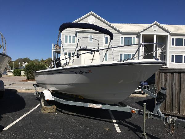 Boston Whaler Nantucket