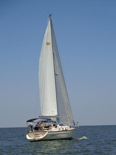 Island Packet 370 Glory under sail