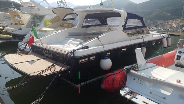 Gari 43 Freeway Gari 43  (16) Sestante Yachts brokerage company