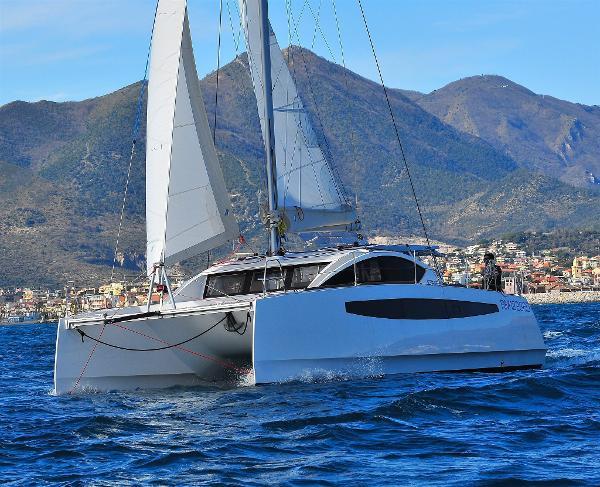 Custom C-Catamarans 37 DSC_0547