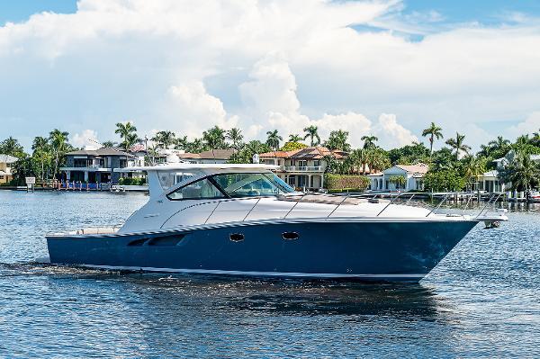 Tiara Yachts 43 Open She Salty II