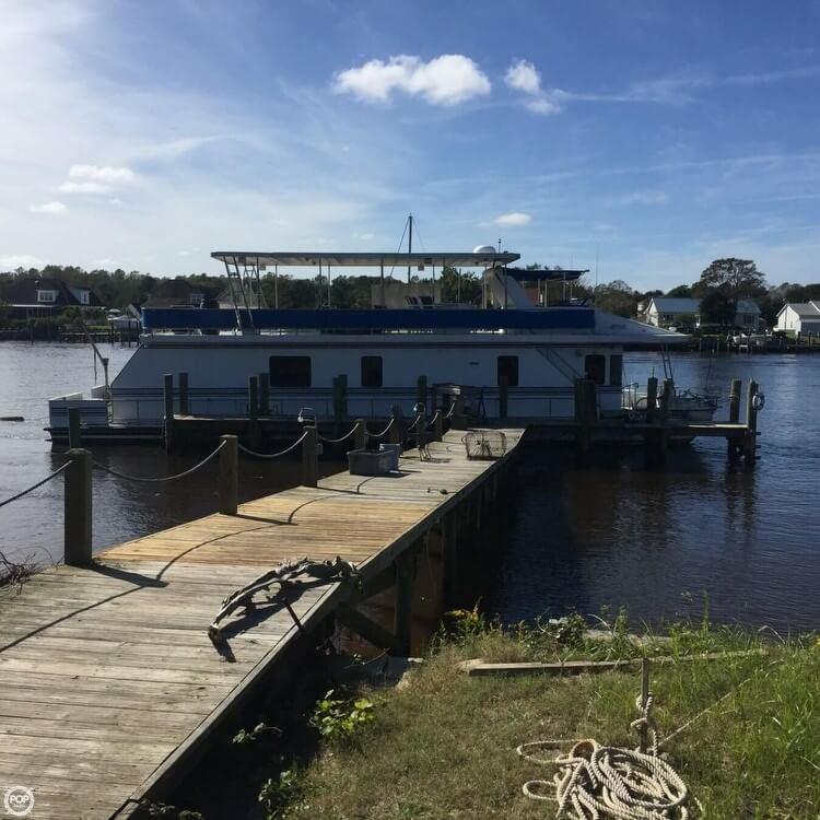 New Orleans Custom Houseboat 1999 New Orleans Custom Houseboat for sale in Beaufort, NC