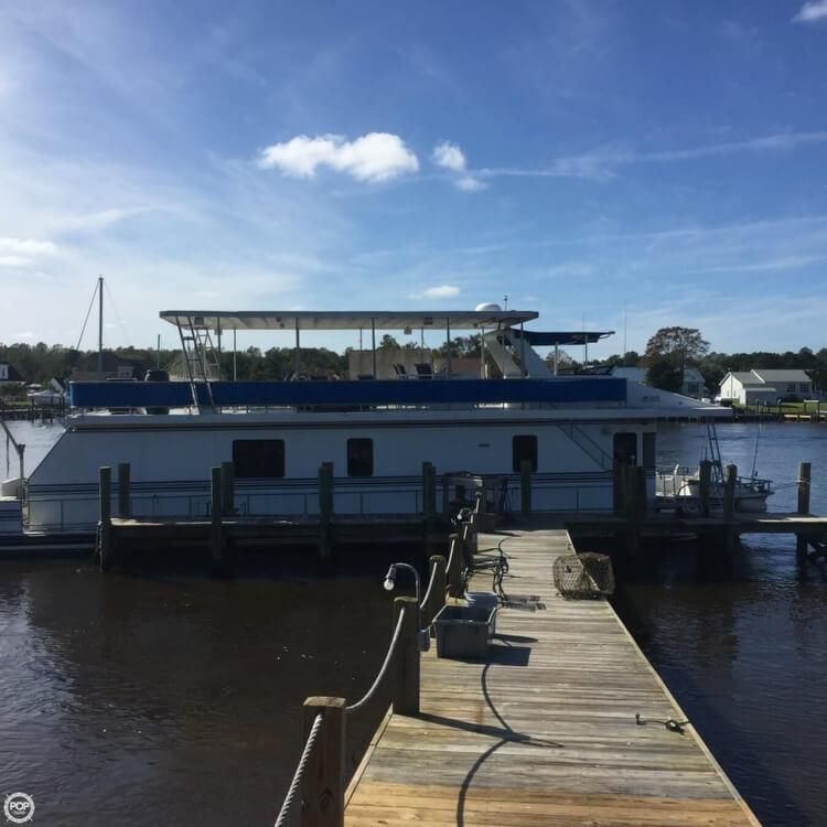 New Orleans 67 Custom Houseboat 1999 New Orleans 67 Custom Houseboat for sale in Beaufort, NC