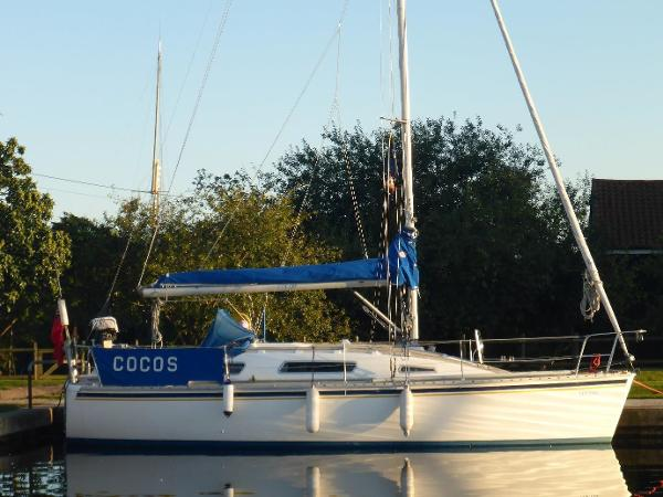 "Parker 31 Parker 31 ""Cocos"" afloat"