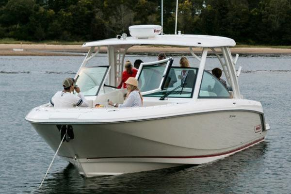 Boston Whaler 320 Vantage Manufacturer Provided Image