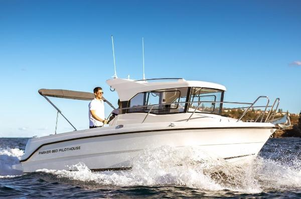 Parker 660 Pilothouse Parker 660 Pilothouse