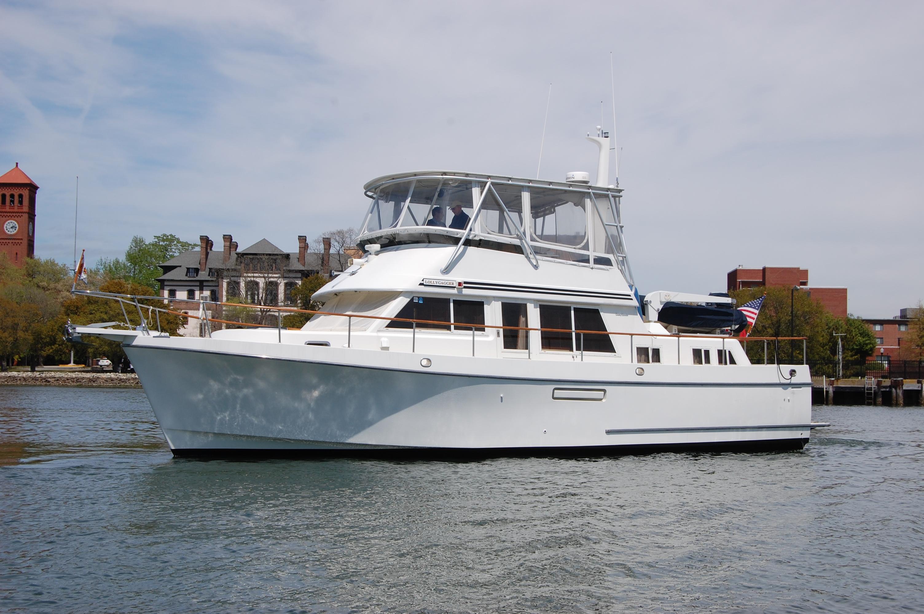 Ocean Alexander 423 Classico 1994 Ocean Alexander 423 Classico, port bow