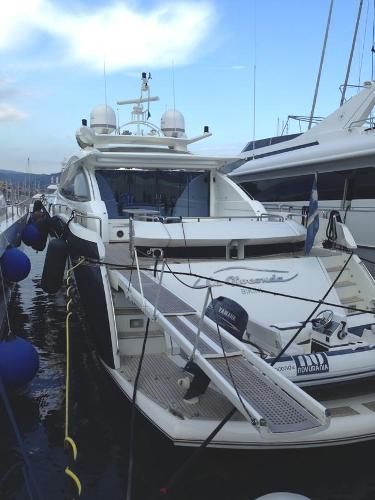 Sunseeker Predator 108 Sunseeker Predator 108 - YEAR 2005 - Timone Yachts Dealer