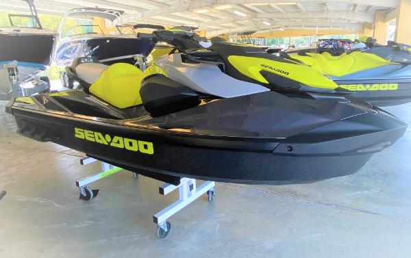 Sea-Doo GTR 230 IBR/SOUND