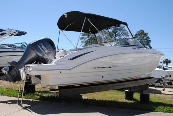 Chaparral 230 Suncoast Bowrider 2016-CHAPARRAL-230-SUNCOAST-BOWRIDER-FOR-SALE-HULL