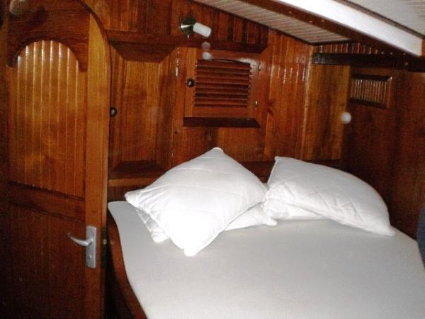 SCORPIO 72 DOUBLE BED