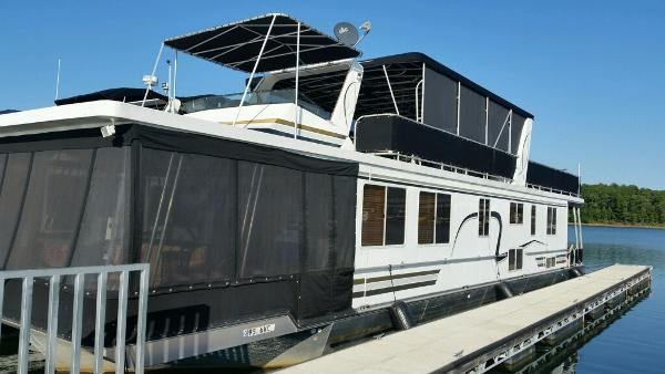Lakeview Yachts 16 X 68 Widebody