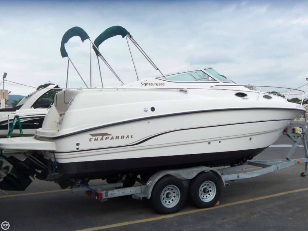 Chaparral Signature 240 1998 Chaparral Signature 240 for sale in Wappingers Falls, NY