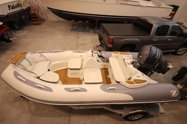 Zodiac Yachtline 470DL NEO 90hp In Stock