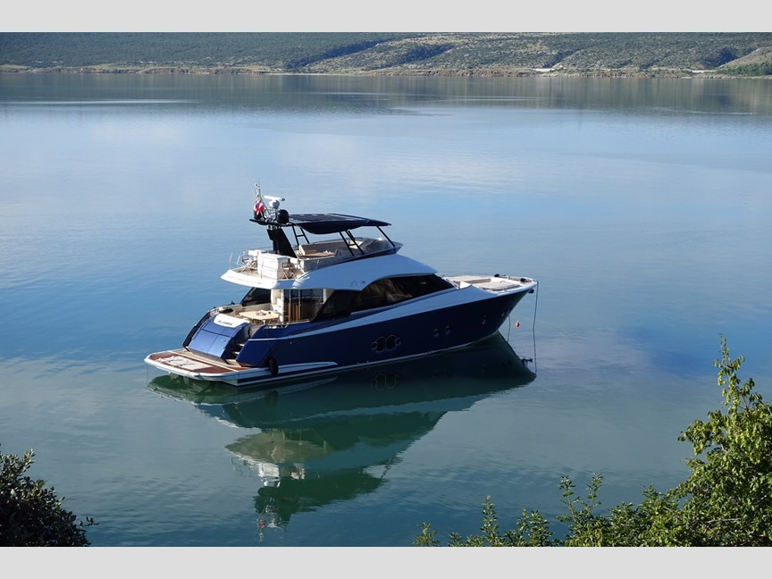 Monte Carlo Yachts 65 Monte Carlo 65