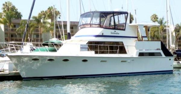 Lien Hwa Aft Cockpit Motor Yacht As Berthed