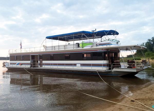 Stardust Cruisers 82' X 21' Aluminum