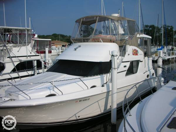Silverton 392 Motor Yacht 1999 Silverton 392 Motor Yacht for sale in Michigan City, IN