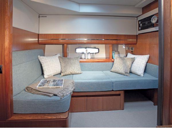 Sealine C490 Aft Cabin