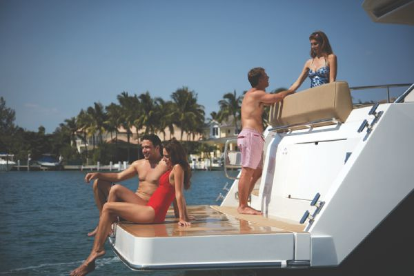 Sealine C490 Bathing Platform High