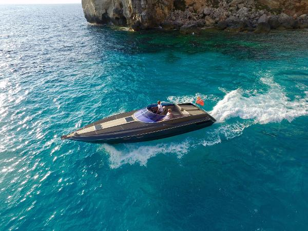 Sunseeker Superhawk 40 Sunseeker Tomahawk 37