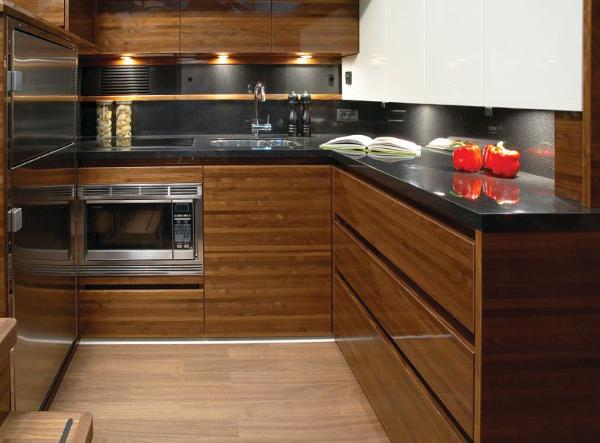 Sealine F450 Galley