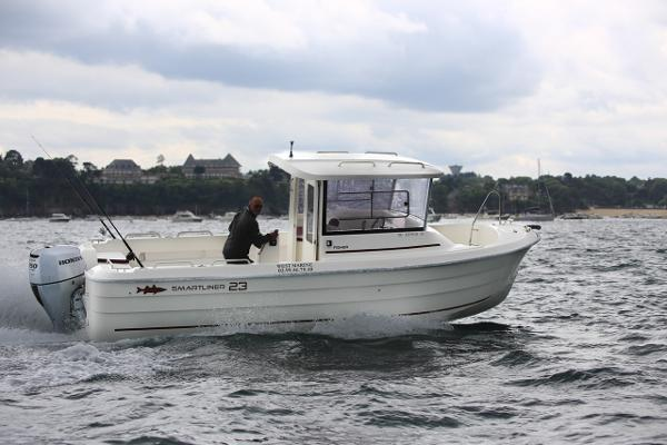 Smartliner Fisher 23 Cruising