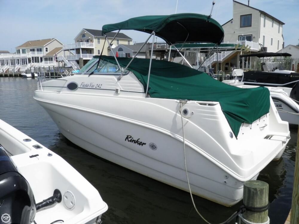 Rinker 242 Fiesta Vee 1999 Rinker 242 Fiesta Vee for sale in Bayville, NJ