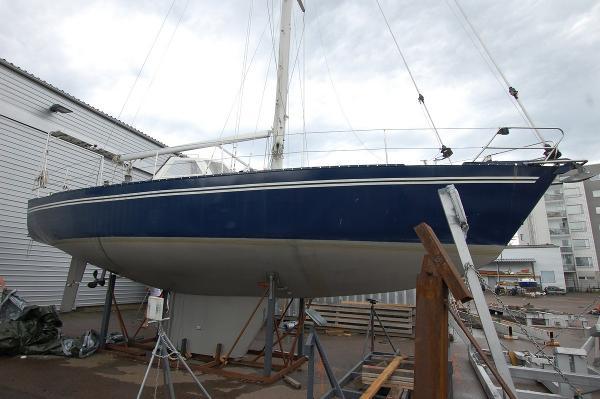 Vita Nova 401 Steel sailing yacht