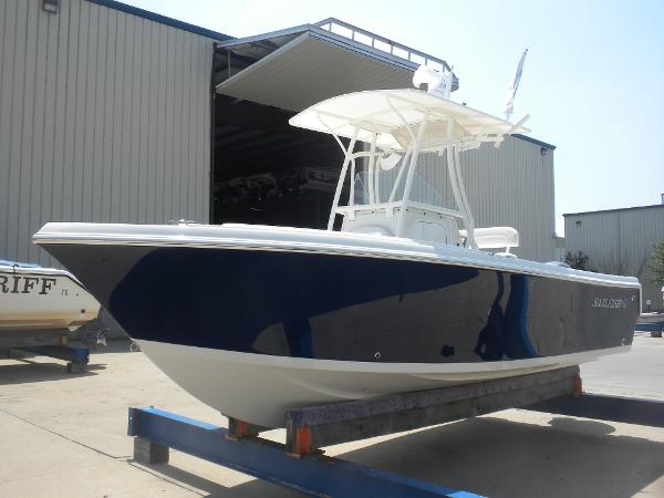 Sailfish 220 Center Console