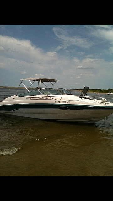 Chaparral 2335 1995 Chaparral 2335 for sale in Thompsons, TX