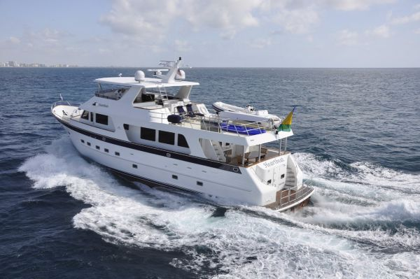 Outer Reef Yachts 800 LRMY Manufacturer Provided Image
