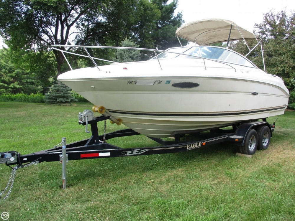 Sea Ray 225 Weekender 2002 Sea Ray 225 Weekender for sale in Afton, MN