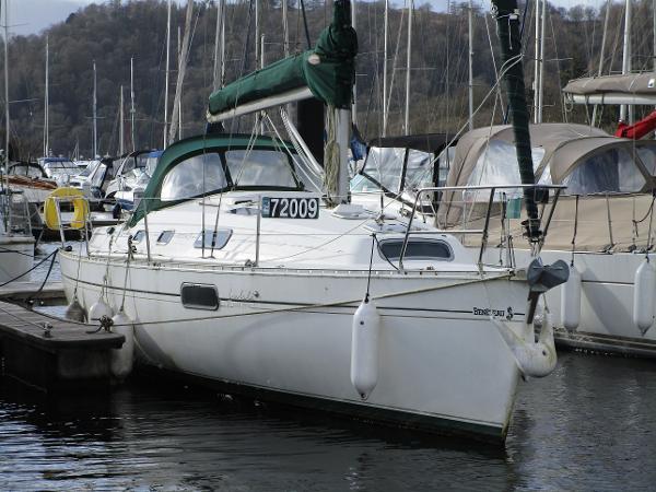 Beneteau Oceanis 321 Beneteau Oceanis 321 - Adelie Three
