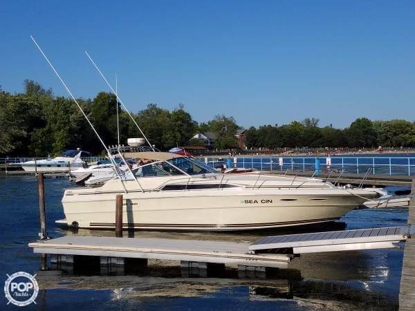 Sea Ray 340 Express Cruiser 1985 Sea Ray 340 Express for sale in North Tonawanda, NY