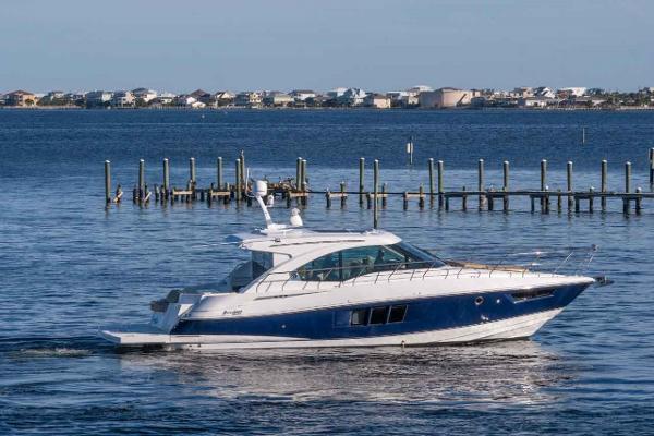Cruisers 45 Cantius Starboard Profile