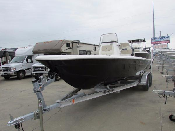 Nautic Star Boats 227 XTS