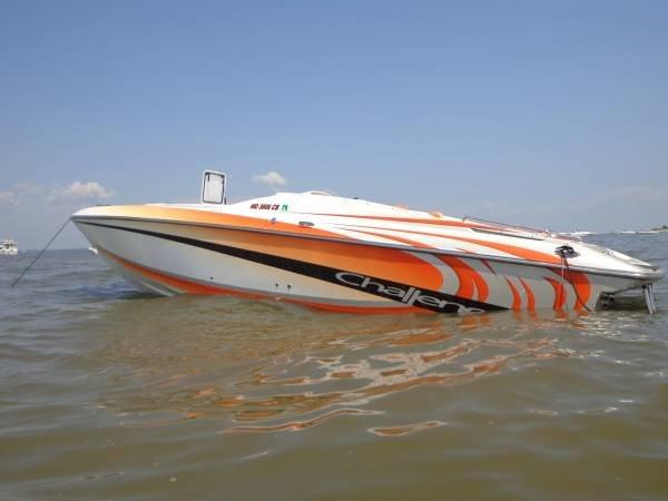 Challenger Offshore 33 High Performance