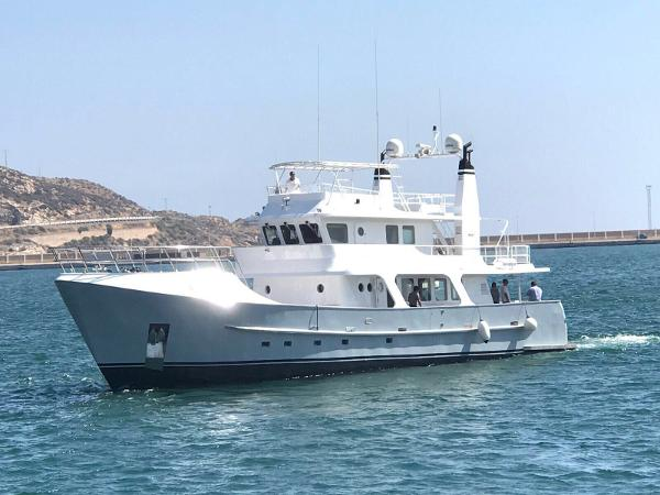 Inace 83 Expedition Explorer