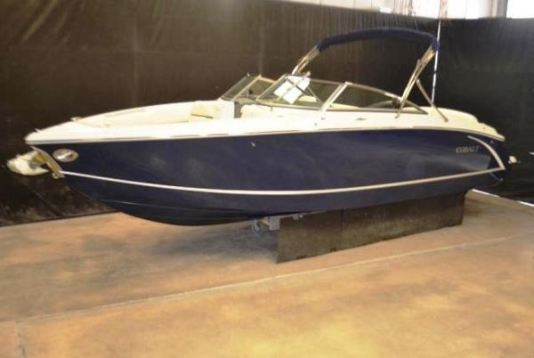 Cobalt  R7 Bowrider