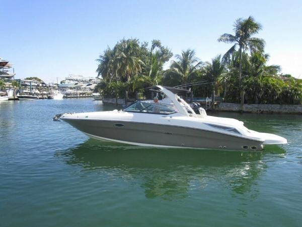 Sea Ray 300 SLX Sea Ray 300 SLX