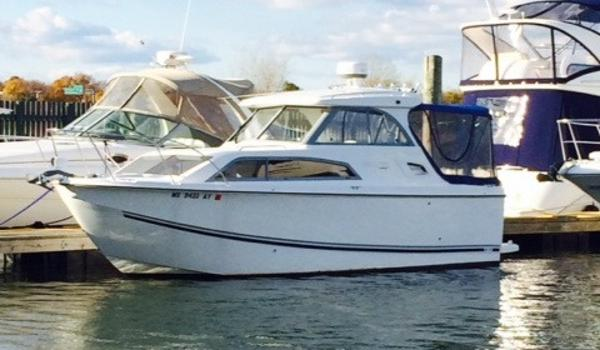 Bayliner 266 Discovery Cruiser - Certified Preowned