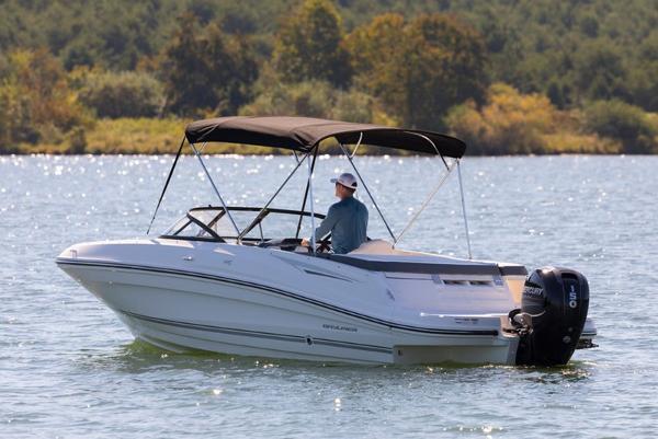 Bayliner VR5 Bowrider