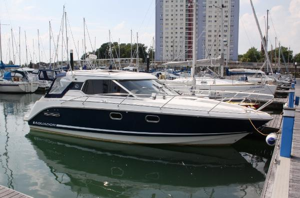 Aquador 26 HT Similar vessel