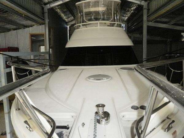 Riviera 38 Flybridge