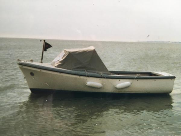 Oyster 16 Moored