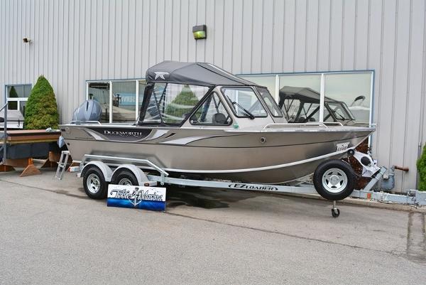 Duckworth Pacific Navigator Sport 20'