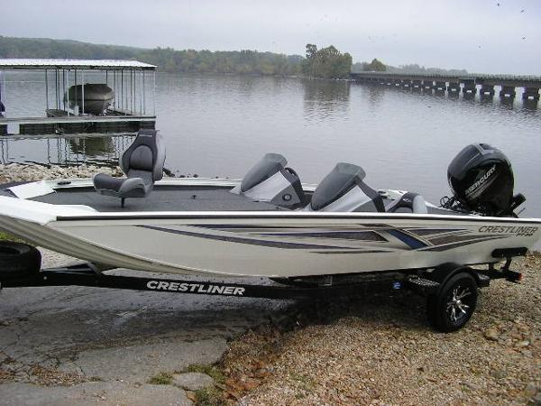 Crestliner PT 20 Bass Boat