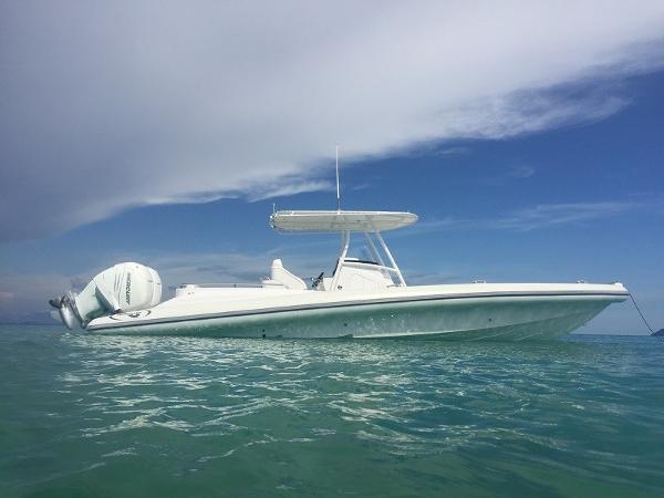 Airship 330 Motor yacht